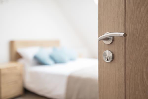 Renovar pomos puertas dormitorio