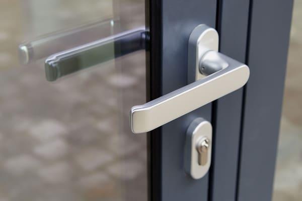 Tirador puerta exterior