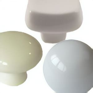 [:es]Pomos tiradores porcelana lisa[:en]Plain porcelain furniture knobs[:fr]Boutons meuble porcelaine clair[:]