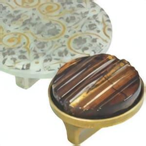 [:es]Pomos tiradores vidrio artístico[:en]Artistic glass furniture knobs[:fr]Boutons meuble en verre artistique[:]